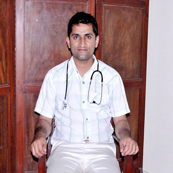 DR. MANZOOR ELAHI Emergency Unit